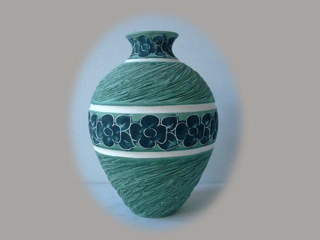 Floreros de cer mica pintados a mano en color verde - Colores de ceramica ...