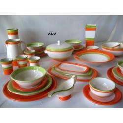 Vajilla naranja y verde